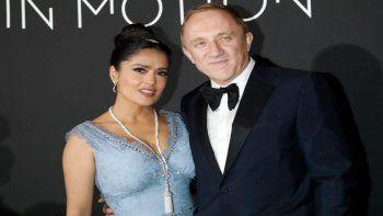 ¡Qué amor! Salma Hayek se entrega a su esposo