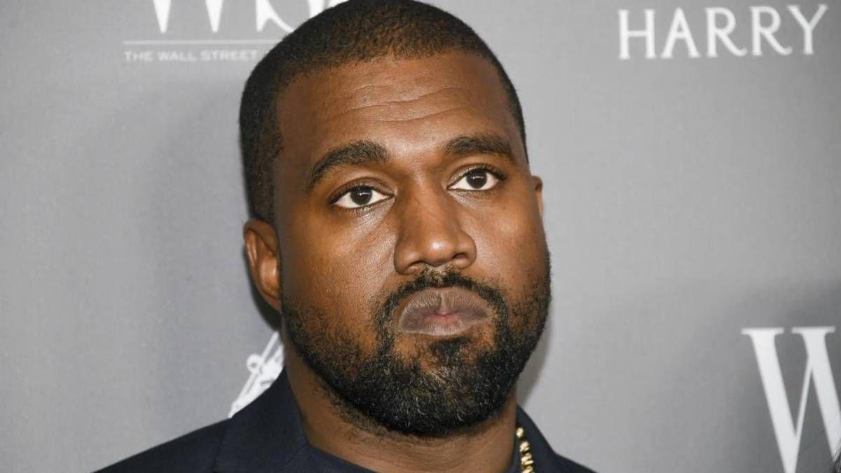 ¡Asqueroso y loco! Kanye West se orinó en un Grammy