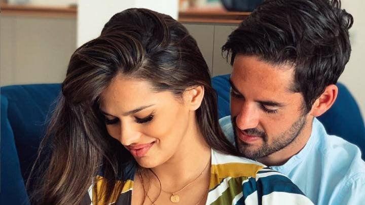 ¡Otro hijo! La pareja que conforman Sara Sálamo e Isco Alarcón anunciaron que pronto volverán a ser padres