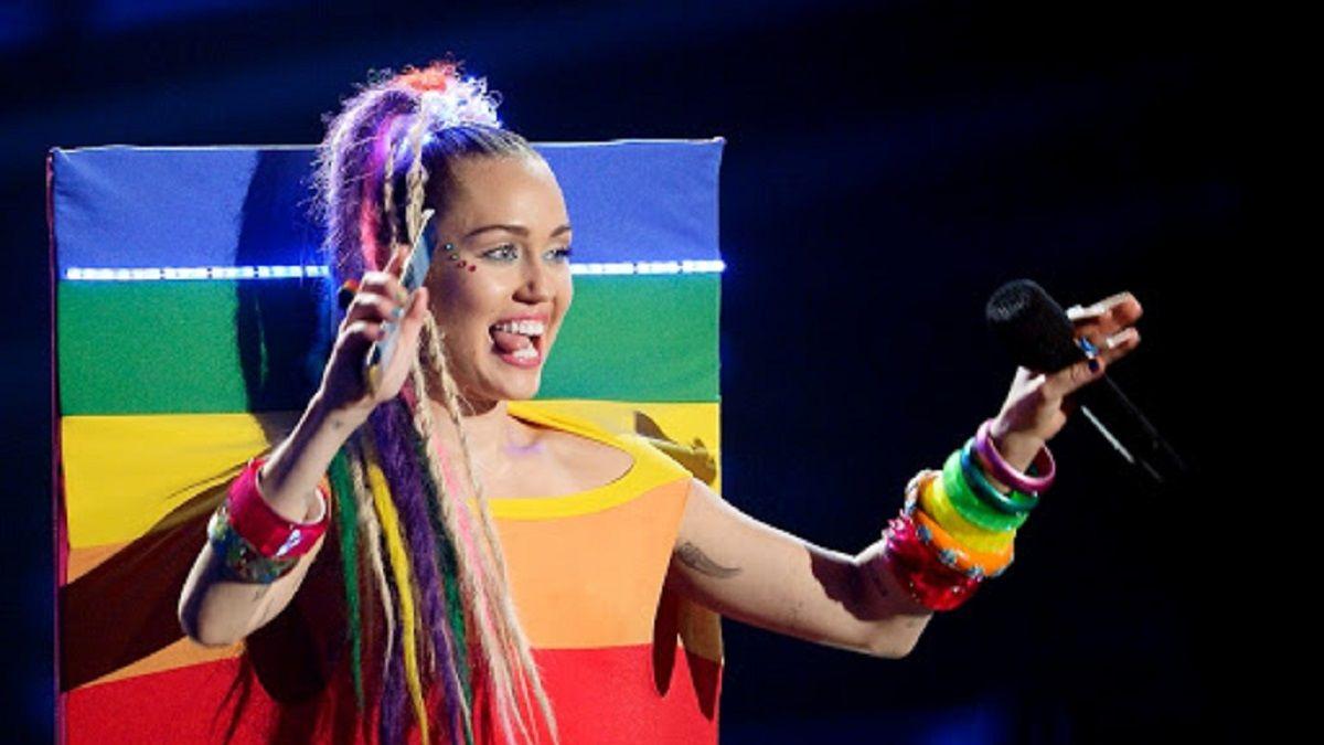 Miley Cyrus siempre ha apoyado a la comunidad LGBTQ