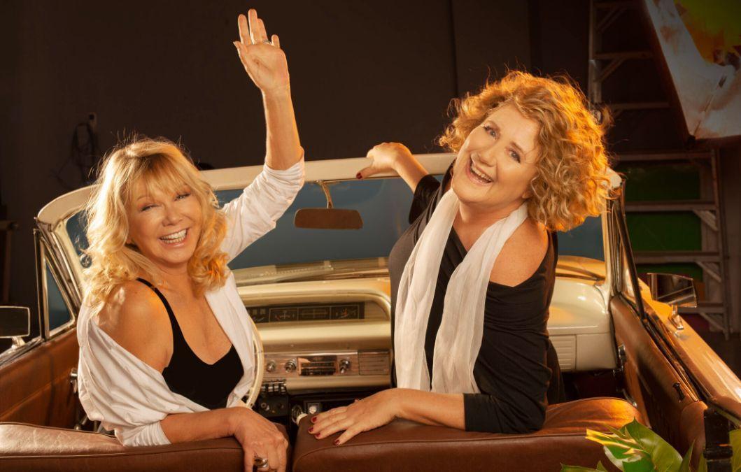 Las actrices Verónica Llinás y Soledad Silveyra protagonizan Dos locas de remate