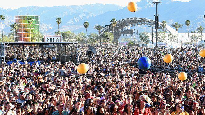 Multitud en el festival de Coachella