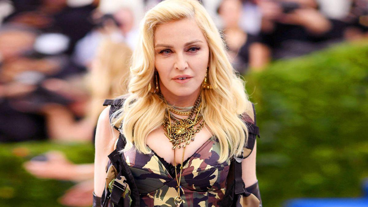 Madonna escribirá y dirigirá su propia película biográfica