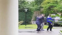 Me saludó: Una vecina de Diego Maradona lo filmó caminando en Nordelta días antes de morir