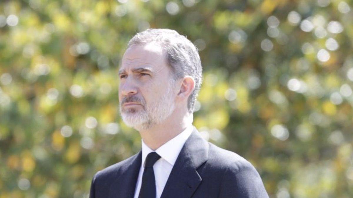 ¡Sigue el escándalo! La amante del Rey Juan Carlos arremete contra el Rey Felipe