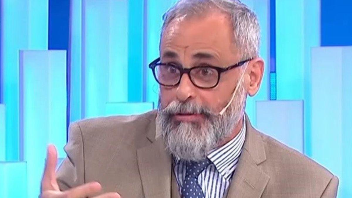Jorge Rial hizo fuerte afirmación sobre entorno de Maradona