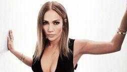 ¡Abusadora! Jennifer Lopez cocina al son de merengue