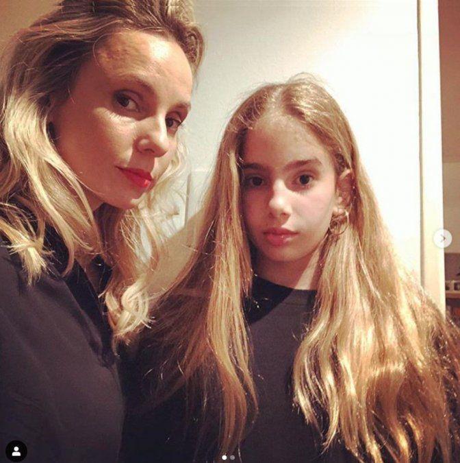 ¡Son iguales! Julieta Cardinali mostró por primera la imagen de Charo, la hija que tiene con Andrés Calamaro