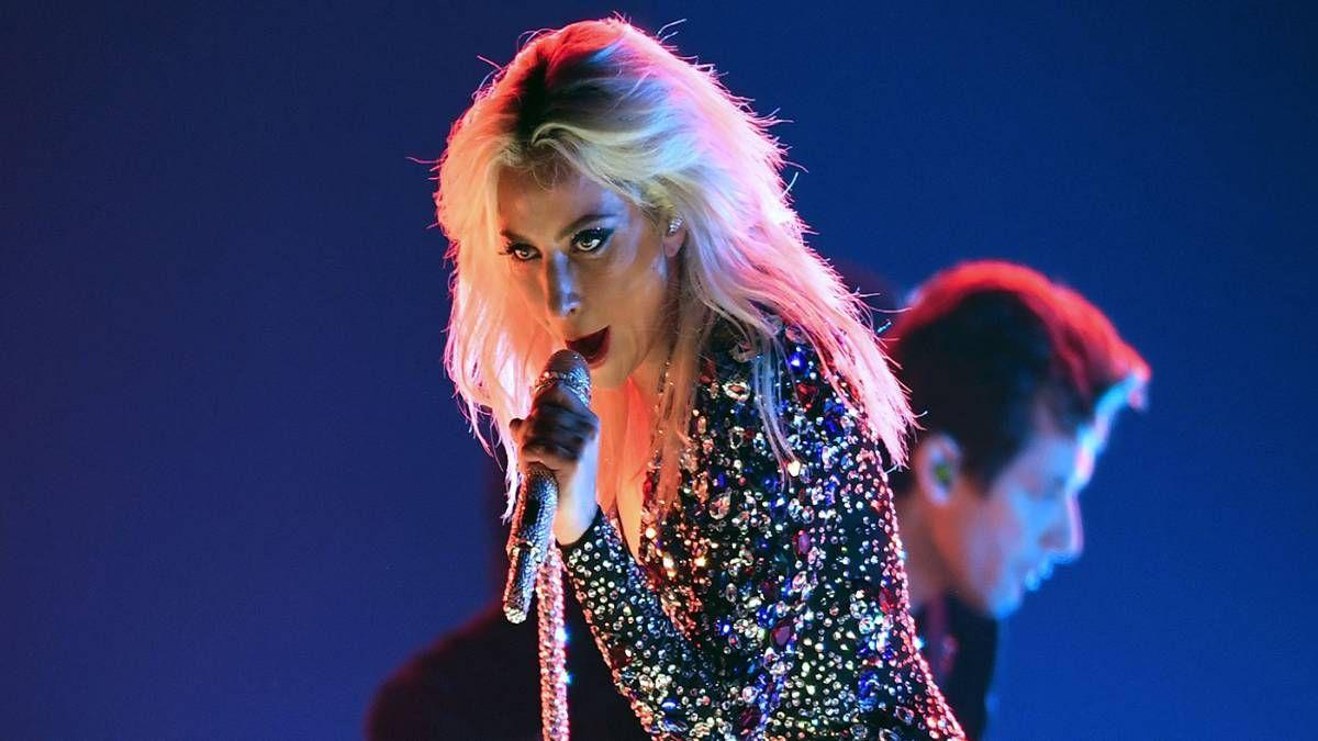 Lady Gaga reparte talento en forma de canciones para otros