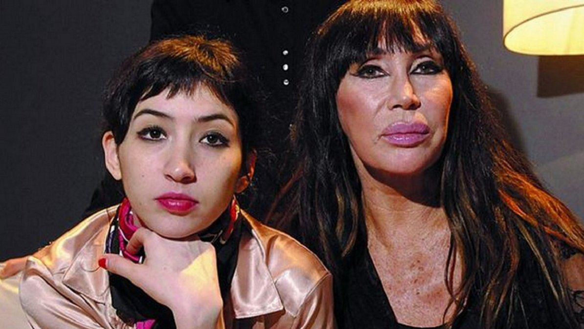Moria Casán junto a su hija