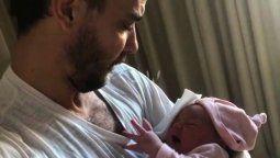 Pedro Alfonso publicó tutoriales sobre la paternidad que generaron furor