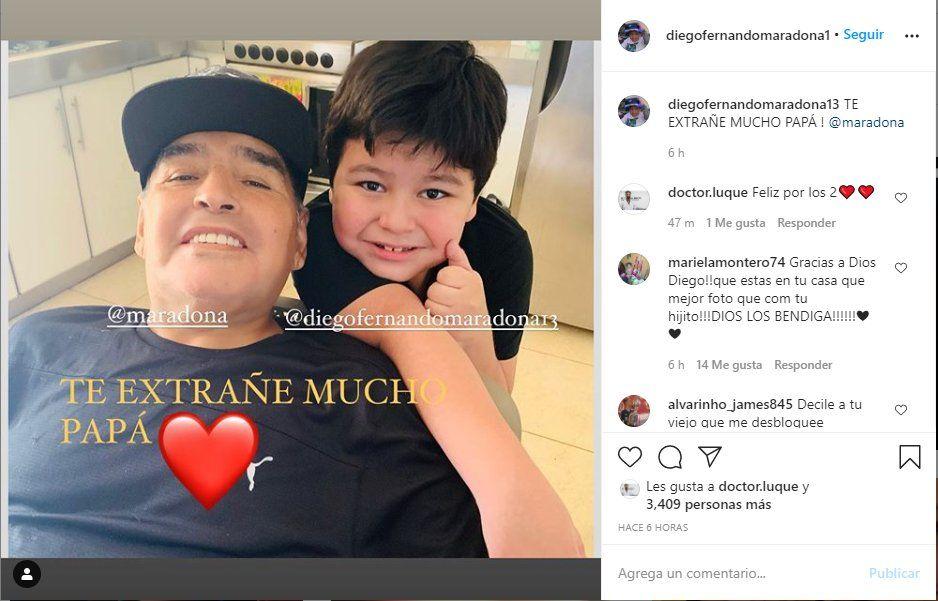 Esta es la foto que posteo Dieguito junto a su padre Diego Maradona
