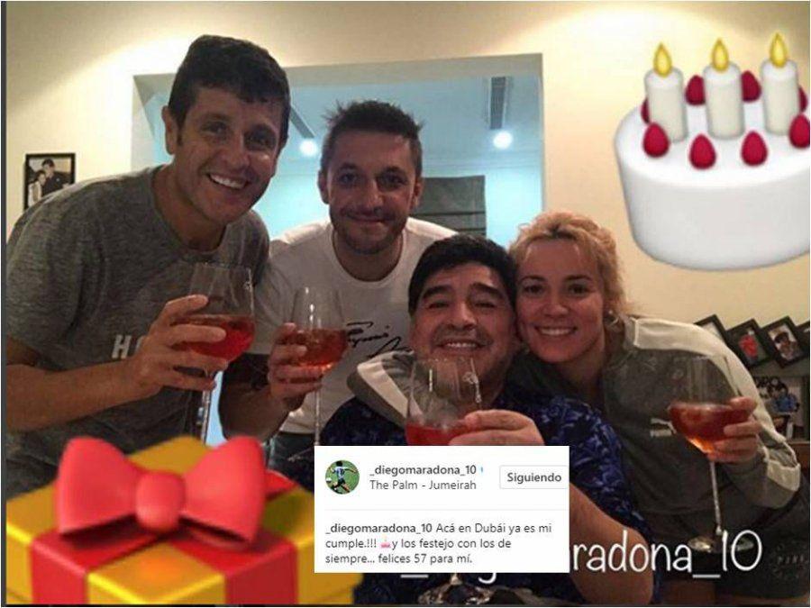 Maradona festeja su cumpleaños, ¿y le tira un palito a sus hijas?: Los festejo con los de siempre