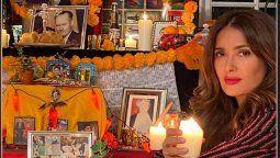¡Muy mexicana! Salma Hayek conmemoró El Día de Muertos