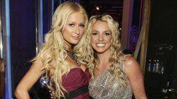 ¡Lo dijo! Paris Hilton se sigue viendo con Britney Spears
