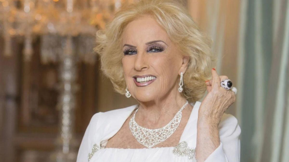 Mirtha Legrand habló de la polémica despedida de su nieta Juana Viale