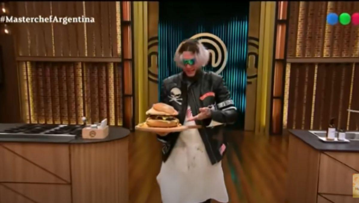 El precio de la hamburguesa que lanzará Alex Caniggia
