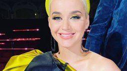 Katy Perry embarazadísima reveló qué famosa será la madrina de su hija