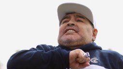 Diego Maradona fue operado con éxito