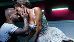 ¡Asustado! Maluma reconoce que le tuvo miedo a Jennifer Lopez en la cama
