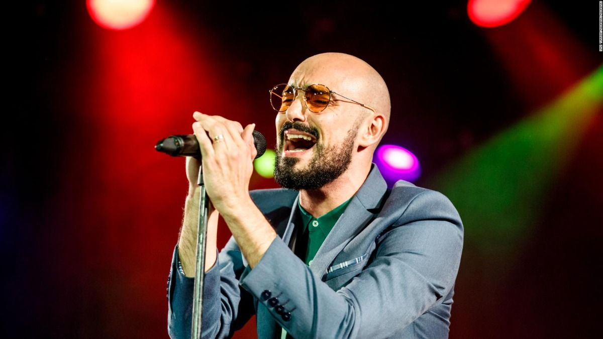 El cantante Abel Pintos aprovechó el aislamiento para retomar los estudios