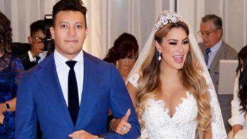 Ninel Conde mostró el vestido que usó en su boda con Larry Ramos