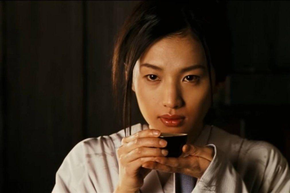 ¡Tragedia! Se suicida famosa actriz y modelo japonesa