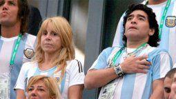 Claudia Villafañe junto a su ex esposo Diego Armando Maradona
