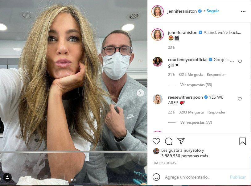 Esta es la foto que la actriz Jennifer Aniston compartió para mostar su nuevo look