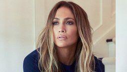 ¡Diva! Jennifer Lopez luce su primer look fashion desde la cuarentena