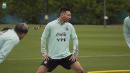 ¡Está listo! Lionel Messi lideró la llegada de la selección argentina