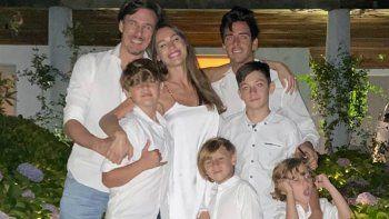A pesar de la pandemia, Pampita se va de vacaciones con toda su familia