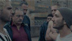 Juan Minujín, Nicolás Furtado y Claudio Rissi en una escena de El Marginal 4
