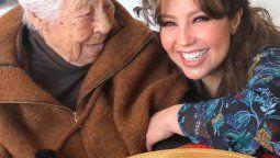 ¡Decisiones! Thalía decidió sacar a su abuela del asilo