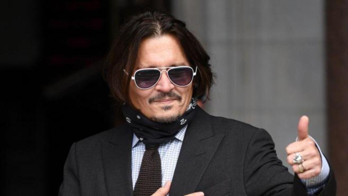 El actor Johnny Depp está enfrentando un juicio con su ex mujerAmber Heard en un tribunal de Londres
