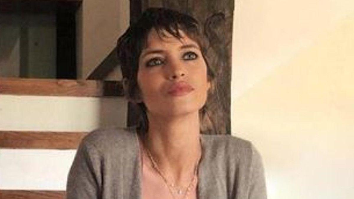 Sara Carbonero sorprende con un flequillo que resalta su mirada