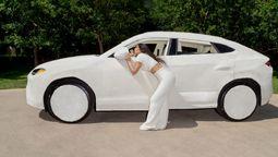 ¡Extravagante! Kim Kardashian y su Lamborghini de peluche