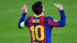 El delantero Lionel Messi marcó un gol en su debut en la champions