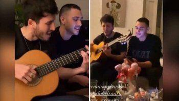 ¡Qué encuentro! Sebastián Yatra le cantó a Ester Expósito