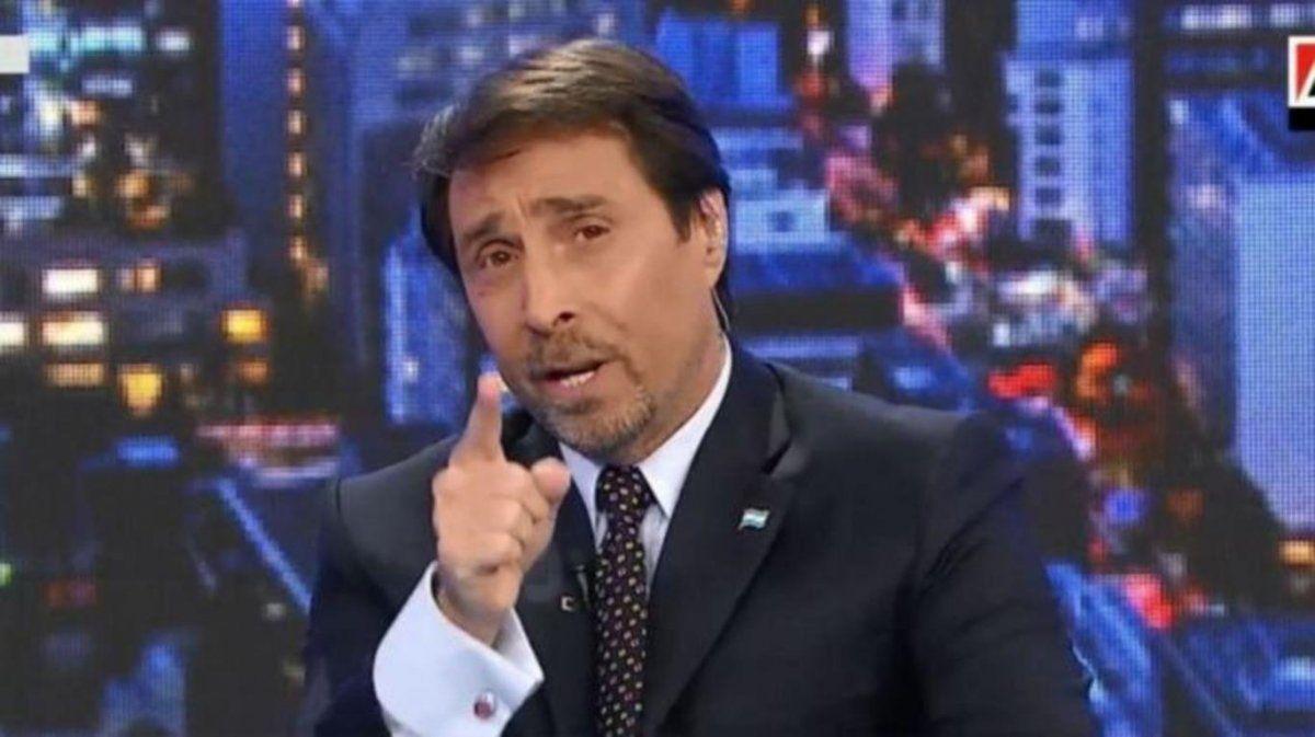 El periodista Eduardo Feinmann está muy apenado porque figuras del gobierno y del kircherismo más duro le están pegando muy fuerte al Presidente.