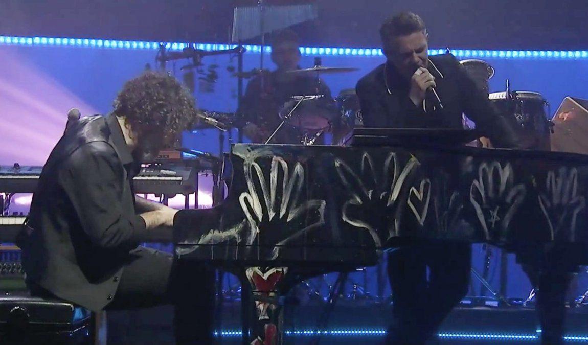 ¡Lo máximo! Alejandro Sanz dio un súper concierto vía online
