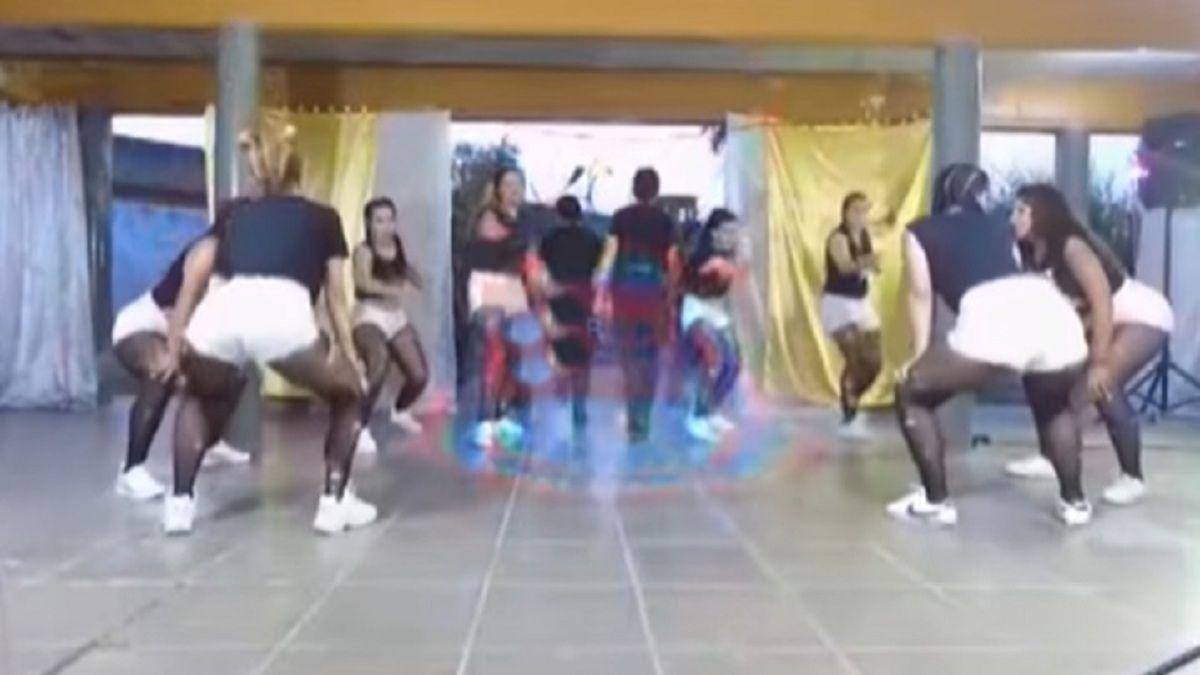 Viral: Reclusas grabaron video bailando reggaetón con autoridades penitenciarias