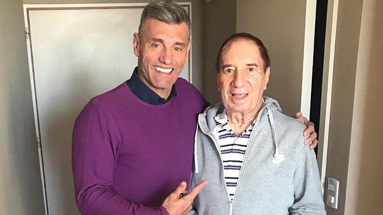 Sergio Goycochea junto a Carlos Bilardo antes de volver a su casa