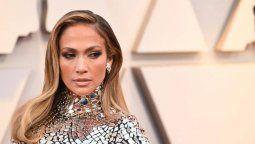 ¡Picarona! A Jennifer Lopez a veces no le gusta usar ropa interior
