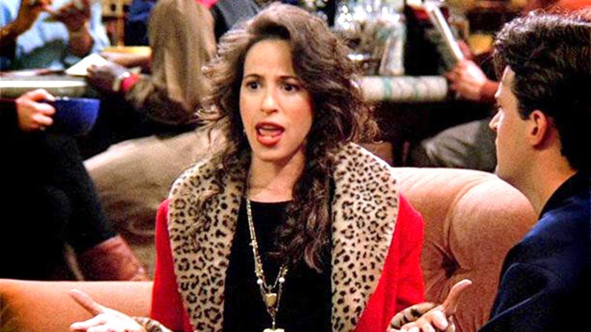 Maggie Wheeler interpretando a Janice Litman en la serie Friends