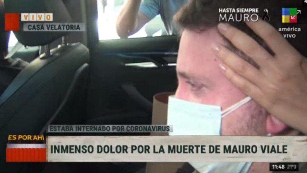 Muerte de Mauro Viale: la devastadora imagen de Jonatan Viale en el cortejo fúnebre
