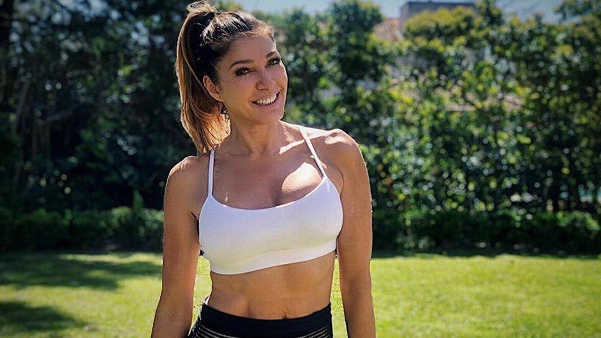 Catherine Fulop y su original forma de hacer ejercicio en casa
