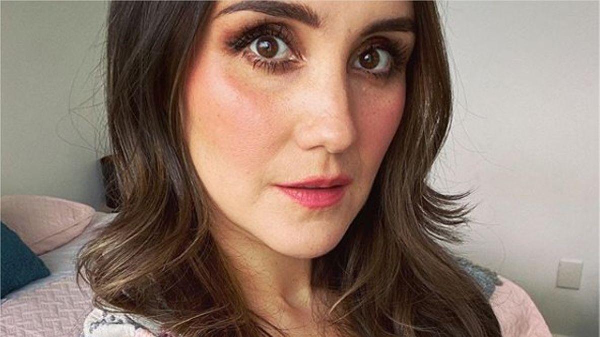 Dulce María enterneció las redes con sesión de fotos de su embarazo