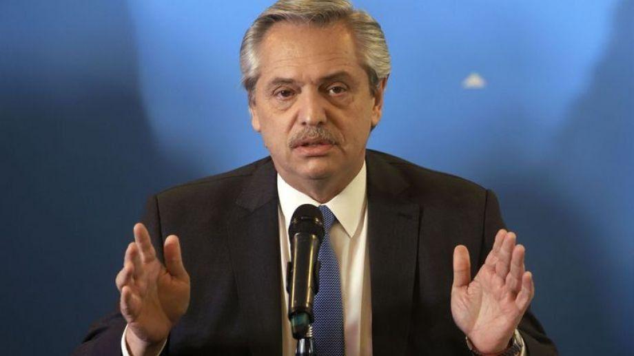 El presidente Alberto Fernández acaba de anunciar el fin del aislamiento obligatorio en el AMBA pero continuará en varios lugares del país.