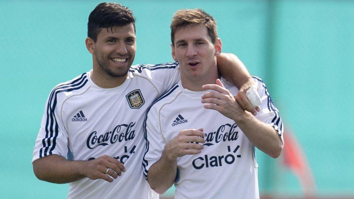 ¿Al Barcelona? Lionel Messi podría recibir al Kun Agüero como compañero